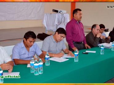 Reunión informativa con autoridades educativas