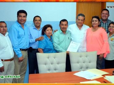 Entrega del Pliego Petitorio al Presidente Municipal de Iguala Suspeg