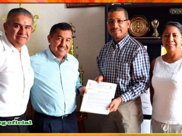 Entrega del Pliego Petitorio al Director del Hospital de la Madre y el Niño Guerrerense