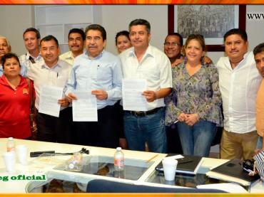 Firma de la Minuta de Acuerdos con el Secretario de Finanzas y Administración del Gobierno del Estado