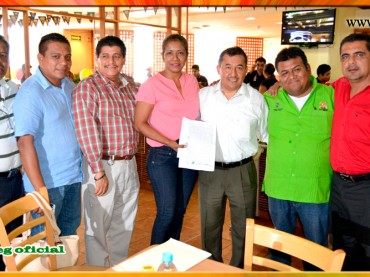 Entrega de copia certificada de la Minuta firmada con el Presidente Municipal de Acapulco
