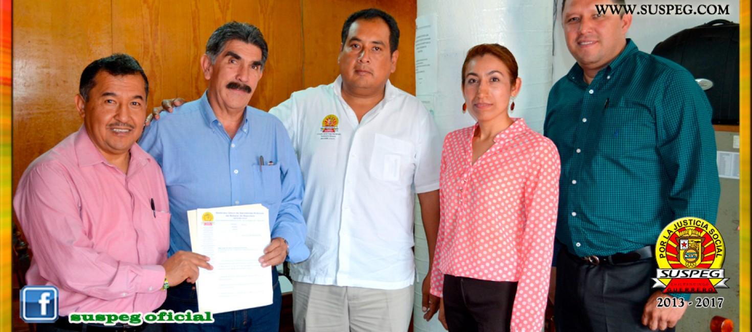 Entrega del Pliego Petitorio 2015 al Director General de la CAPAT