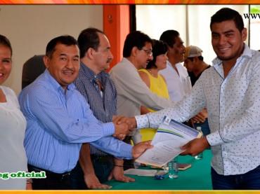 Entrega de Nombramientos a Trabajadores Administrativos del Colegio de Bachilleres