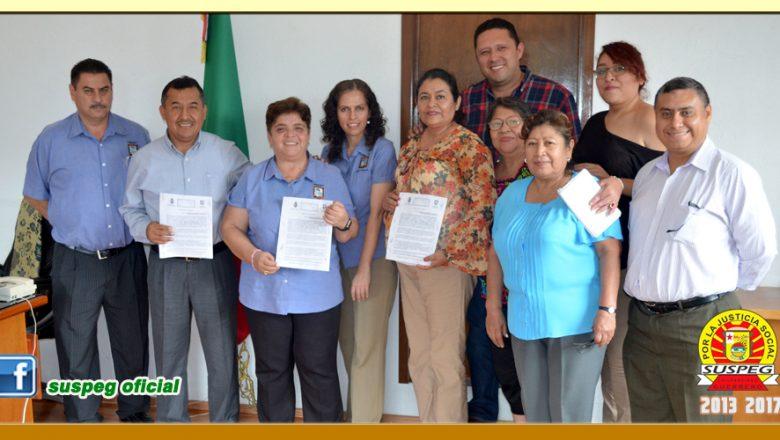Firma de Minuta con la Presidenta Municipal de Buena Vista de Cuellar