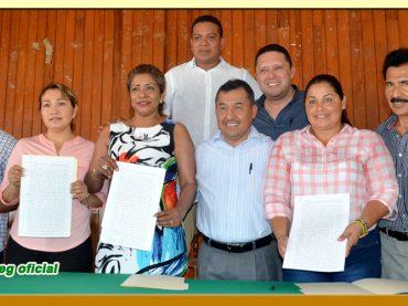 Entrega de Copia Certificada de la Minuta de Acuerdos a los Secretarios Generales Seccionales del Ayuntamiento de Acapulco
