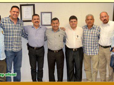 Entrega del Pliego Petitorio 2016 al Rector de la Universidad Tecnológica de la Región Norte de Guerrero