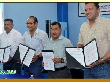 Firma del Convenio de Colaboración entre el Instituto Universitario del Sur y el SUSPEG