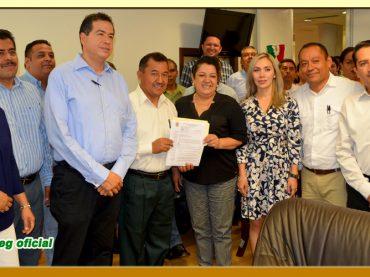 Entrega del Pliego Petitorio a la Presidenta de la junta de Coordinación Política de la LXI Legislatura del Poder Legislativo