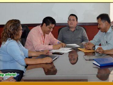 Entrega del Pliego Petitorio al Presidente Municipal de Tixtla.