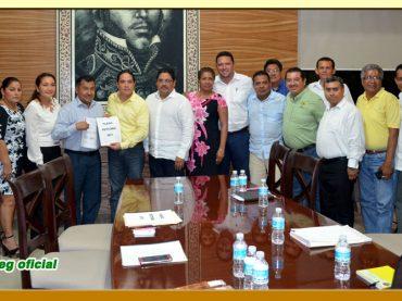 Entrega del Pliego Petitorio 2017 al Presidente Municipal de Acapulco