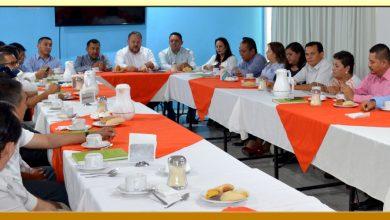 Reunión con el Director General del ISSSPEG y los Secretarios Generales Seccionales de la Región Centro.