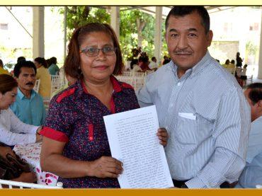 Entrega de la Toma de Nota a la Secretaria General de la Sección XIII del SUSPEG.