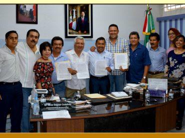 Firma de la Minuta de Acuerdos con el Presidente Municipal de Iguala.