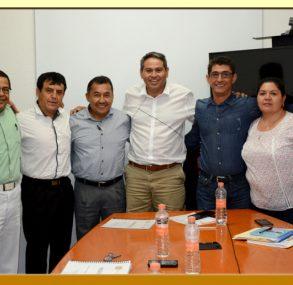 Entrega del Pliego Petitorio 2017 al Director General del DIF-Guerrero.