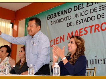 PRESENTACION DEL LIBRO HOMENAJE A CIEN MAESTROS DE GUERRERO.